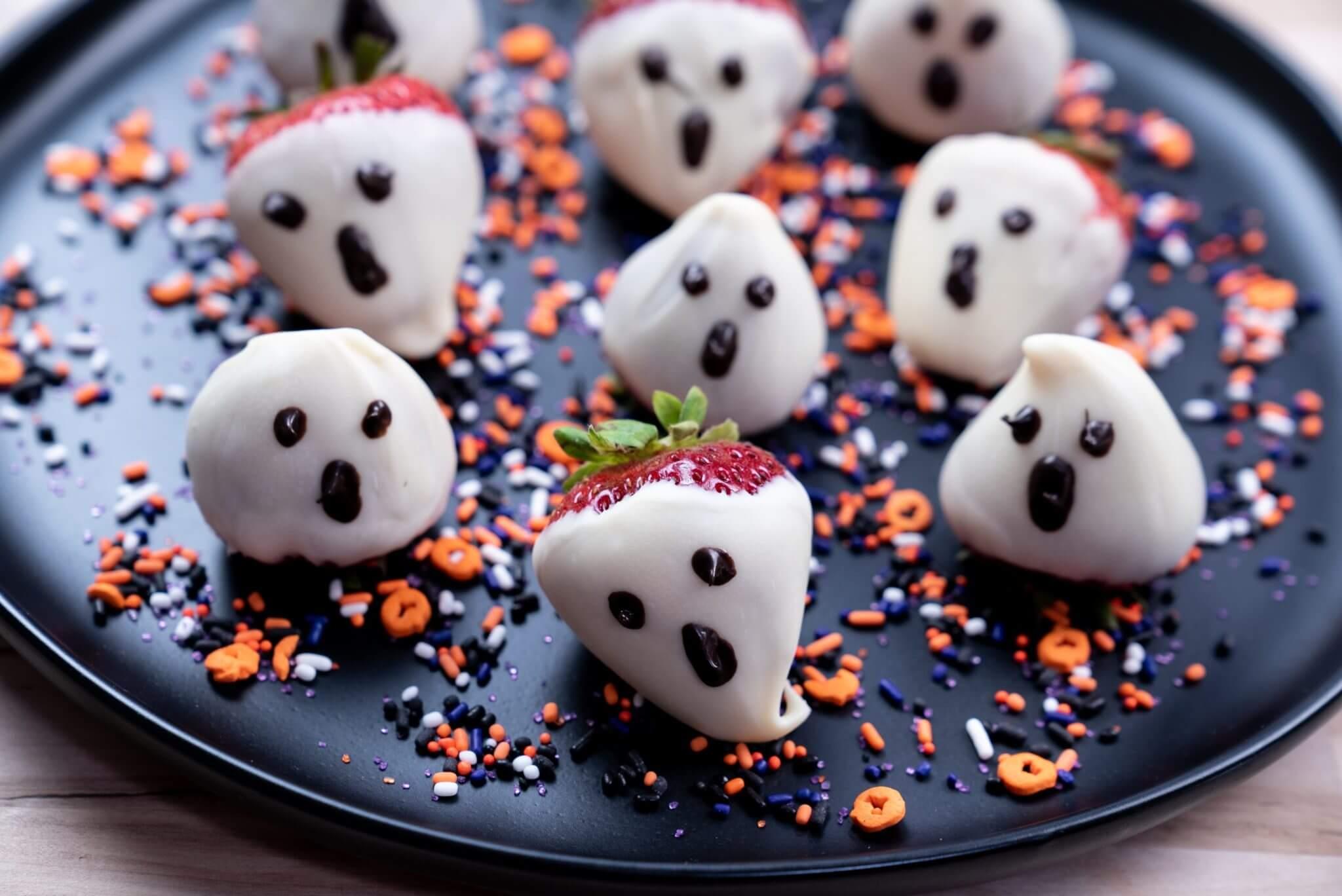 Spooky Recipe Strawberry Ghosts Wish Farms