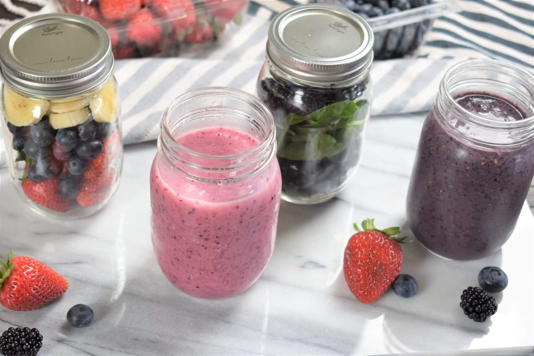 smoothie jars