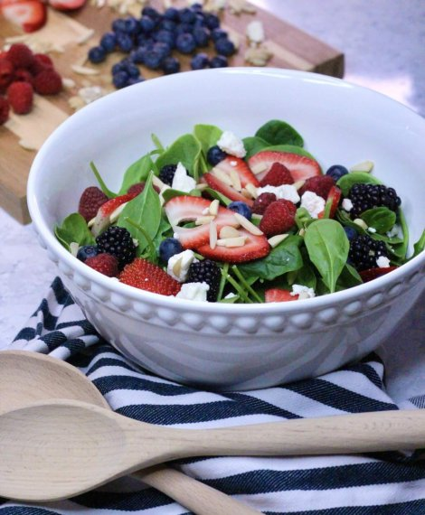 Summer Spinach Berry and Feta Salad